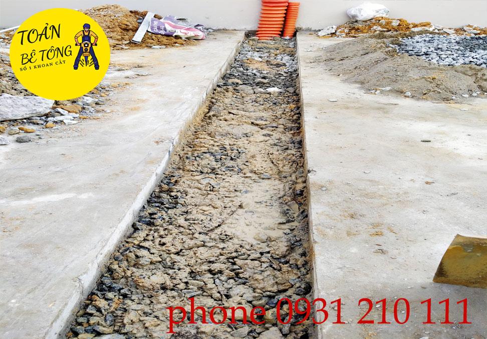 cắt đục bê tông chôn cấp ngầm